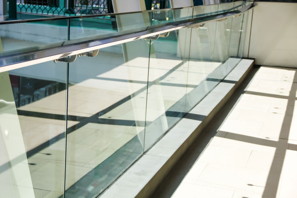 Tempered laminated glass railing for modern building
